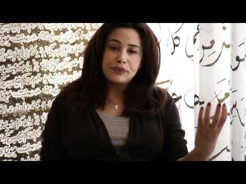 "هند صبري تشرح: ""يعني إيه دستور""؟"