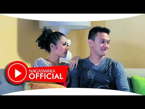 Video Siti Badriah - Bara Bere (Official Music Video NAGASWARA) #music download in MP3, 3GP, MP4, WEBM, AVI, FLV January 2017