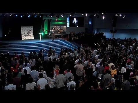 """""""La Salvación de un País"""" Pastor Javier Bertucci (Domingo 18-10-2015)"""