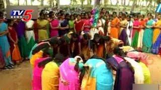 Video Sankranti Celebrations | Sankranti Fest Culture in Godavari : TV5 News MP3, 3GP, MP4, WEBM, AVI, FLV Mei 2018