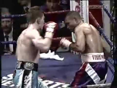 ricky hatton - http://boxingcritic.blogspot.com/ Ricky Hatton at his best.