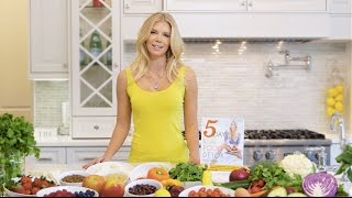 The 5-Day Real Food Detox Official Book Trailer. Pre-order your copy here: http://bit.ly/5ddbookIf you are looking for immediate results in your body and mind and don't want to do a juice cleanse or other drastic measures, there is a better way. The 5-Day Real Food Detox is a revolutionary program which cuts out bad foods and incorprates nourishing and delicious foods to help you lose weight, reduce bloat, have more energy, sleep better, and have glowing skin. You will be eating 5 meals a day, for 5 days and the results will speak for themselves.www.nikkisharp.com/bookFOLLOW ME ON SOCIAL MEDIA!➜ Instagram: https://instagram.com/nikkisharp➜ Twitter: https://twitter.com/nikkirsharp➜ Website: http://www.nikkisharp.com/➜ Tumblr: http://www.nikkisharp.tumblr.com/➜ Snapchat: @NikkiRSharpBUSINESS INQUIRIES:If you are a business looking to work with me, email me at: info@nikkisharp.com