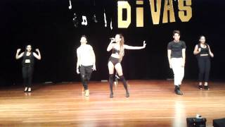 Ariana Grande Brazilian Impersonator (Letícia Campos) - DIVA'S DELUXE (14/12/2014)