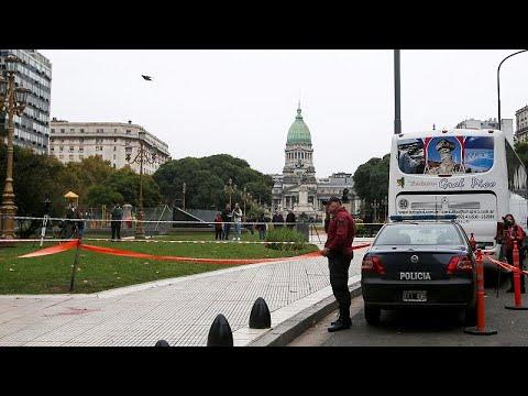 Argentinien: Abgeordneter Olivares  stirbt nach Sch ...