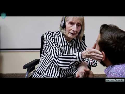 Танцевально-музыкальная терапия болезни Альцгеймера