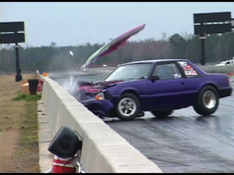 When MUSTANGS ATTACK! Crazy Drag Racing Crashes