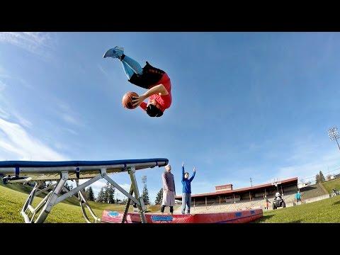 Epic Trick Shot Edition | Dude Perfect (видео)