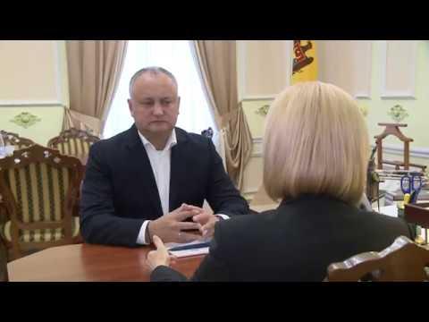 Президент Игорь Додон провёл встречу с башканом Гагаузии Ириной Влах