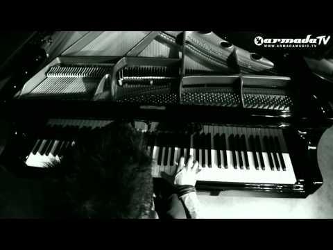 Tenishia - Point Of No Return (Unplugged)