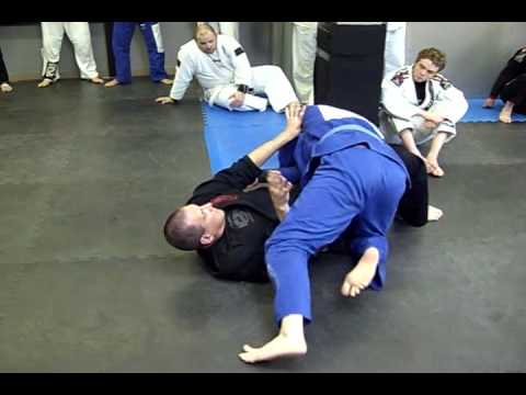 Escape from Side Control Thumb in the Arm Pit