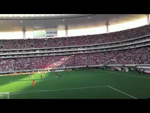 Guadalajara vs América en el estadio Ominilife