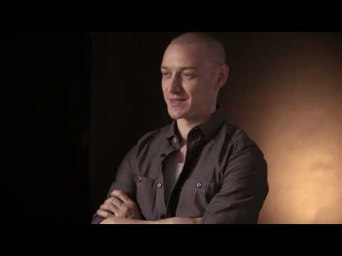 Split Split (Featurette 'Every 10 Pages')