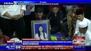 Jenazah Pramugari AirAsia Kharunisa Dikebumikan di Makam Keluarga