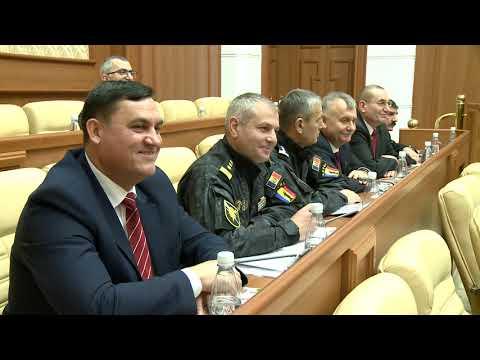 Igor Dodon a participat la o ședință comună a comandamentului Forțelor Armate și Uniunii Ofițerilor
