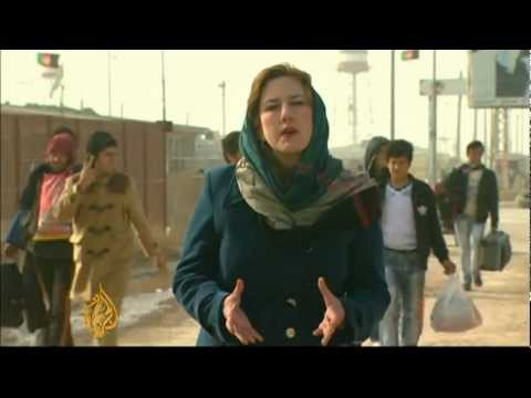 Afghan refugees return home from Iran