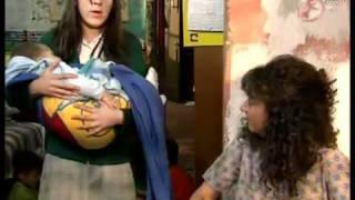 Danna paola y Nicole Durazo en LRDG - Adios a la calle
