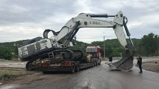 Video Transporting The 125 Tones Liebherr 984 By Side MP3, 3GP, MP4, WEBM, AVI, FLV Juli 2019