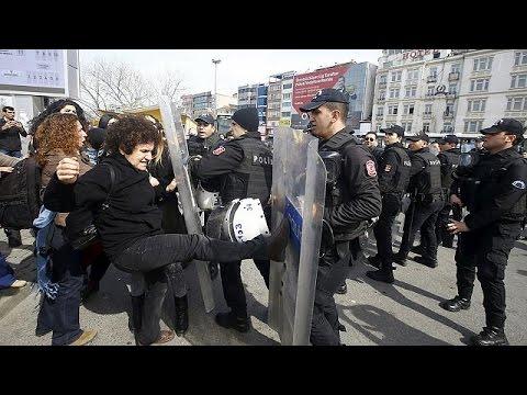 Τουρκία: Άγρια καταστολή σε πορεία για την Ημέρα της Γυναίκας