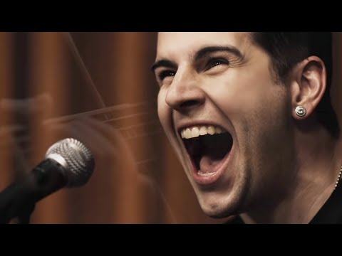 Avenged Sevenfold – So Far Away [Official Music Video]
