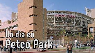 Hoy pasamos un día en Petco Park hogar de los Padres en San Diego, California. La bahía, el oceano, la arquitectura colonial,...