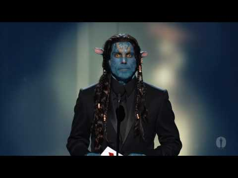 stiller - Ben Stiller presenting the Oscar for Best Achievement in Makeup to Barney Burman, Mindy Hall and Joel Harlow for their work on 