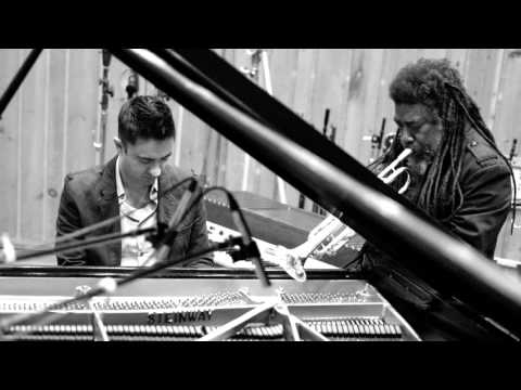 Vijay Iyer / Wadada Leo Smith – A Cosmic Rhythm With Each Stroke