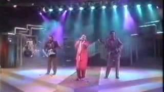 WIngs - Intanku Kesepian [LIVE] 1990