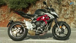 8. MV Agusta Brutale 800 (2016) First Ride Review! | Bike Social