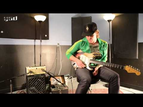 philip - Blues supremo Philip Sayce puts his THR10 through its paces with a series of vintage pedals. While most modelling amps struggle to work well with effects in ...