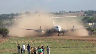 Video DC-6 Landing MP3, 3GP, MP4, WEBM, AVI, FLV Januari 2019