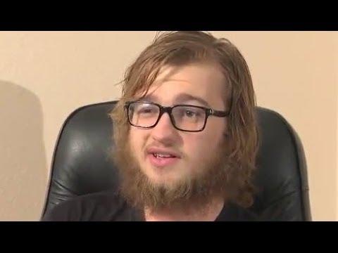 Dječak iz 'Dva i pol muškarca' promijenio se i okrenuo vjeri (video)