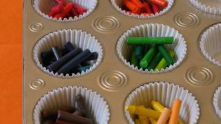 How to make Muffin Crayons - YouTube