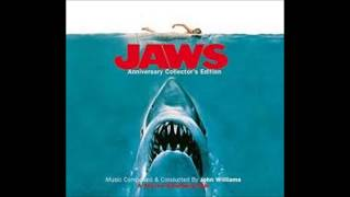 Jaws Theme Song - YouTube