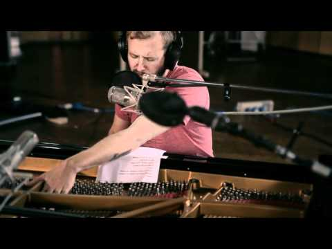 Video: Bon Iver at AIR Studios