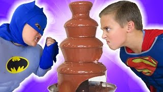 Video GIANT CHOCOLATE FOUNTAIN Battle! Egg Hunt! + Candy + Surprise Funny MP3, 3GP, MP4, WEBM, AVI, FLV September 2018