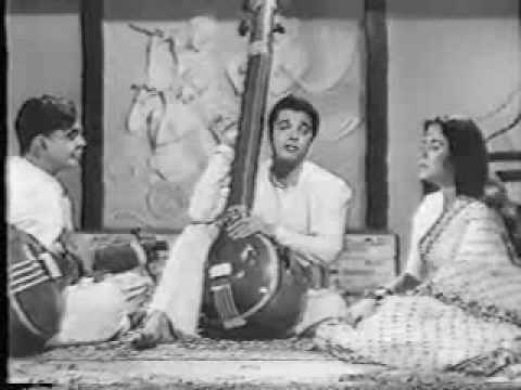 classical movie - Classical based song 'Man Mohan Man Mein' from old movie Kaise Kahoon.