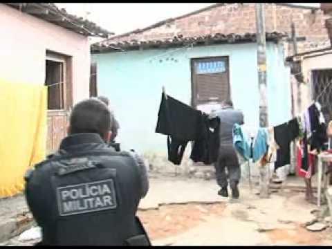 Homem é executado em Dix-Sept Rosado.wmv