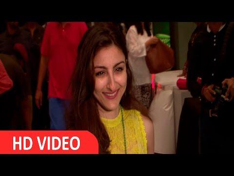 Soha Ali Khan At Red Carpet Of Black Dog Easy Evenings
