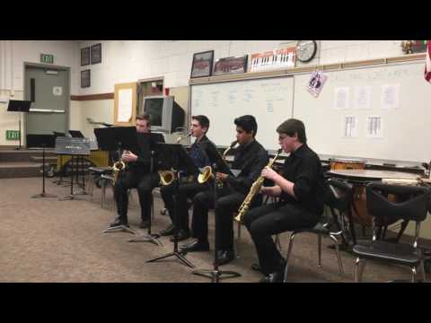 Saxophone Quartet playing the Mii channel theme