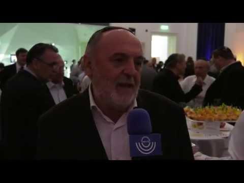 Németh Sándor, a Hit Gyülekezete vezető lelkésze Ros Hasanaról és a nemrég elhunyt Simon Pereszrőll is beszélt.