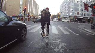 How to do a bike stand on traffic lights.