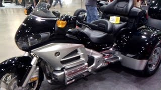 6. 2013 Honda Gold Wing Trikes vs  2013 Harley Davidson trike
