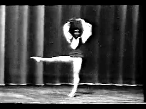 Li Cunxin en Coppelia variation Concurso Moscu 1985