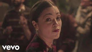 Natalia Lafourcade - Tú sí sabes quererme (en manos de Los Macorinos) (Video Oficial)