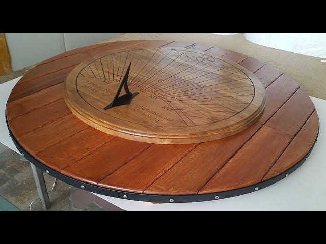 Парковые солнечные часы из дубового массива