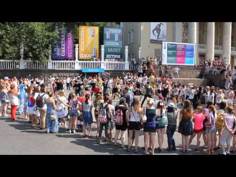 케이팝 - K-Pop World Festival Flashmob организованный KBS и Aigoo russia, Москва 29/06/2013.