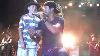 Luke Bryan Shake it for me with Logan at Porter County Fair