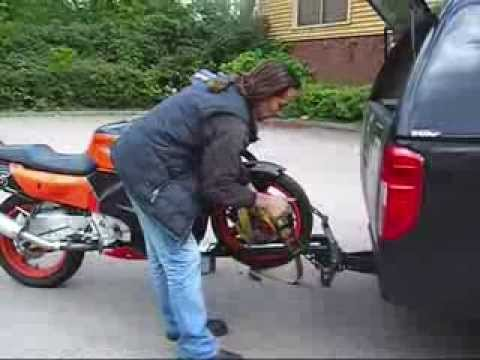 (UP-DATED)MOTORCYCLE LOADING  BIKE CARRIER.wmv