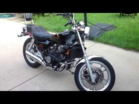 1984 Honda magna v30 (видео)