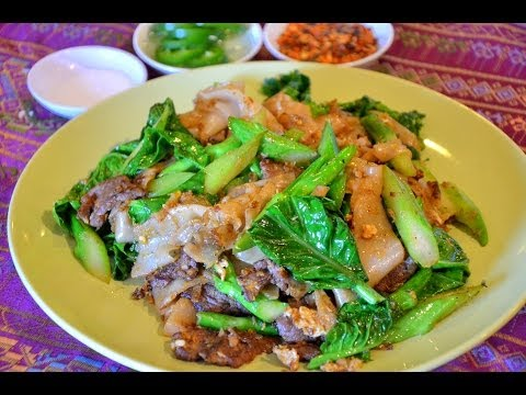 How to Make Pad see ew noodle( Thaifood)  ก๋วยเตี๋ยวผัดซีอิ๊ว